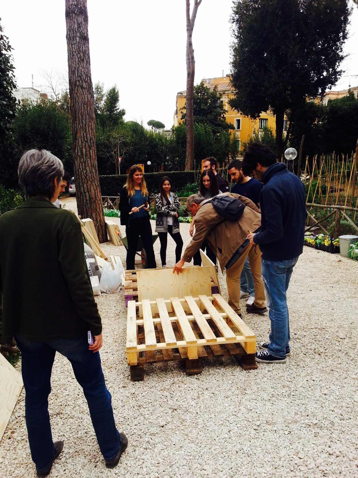 LabGov workshop : go on with Co-Roma , go on with gardening boxes.