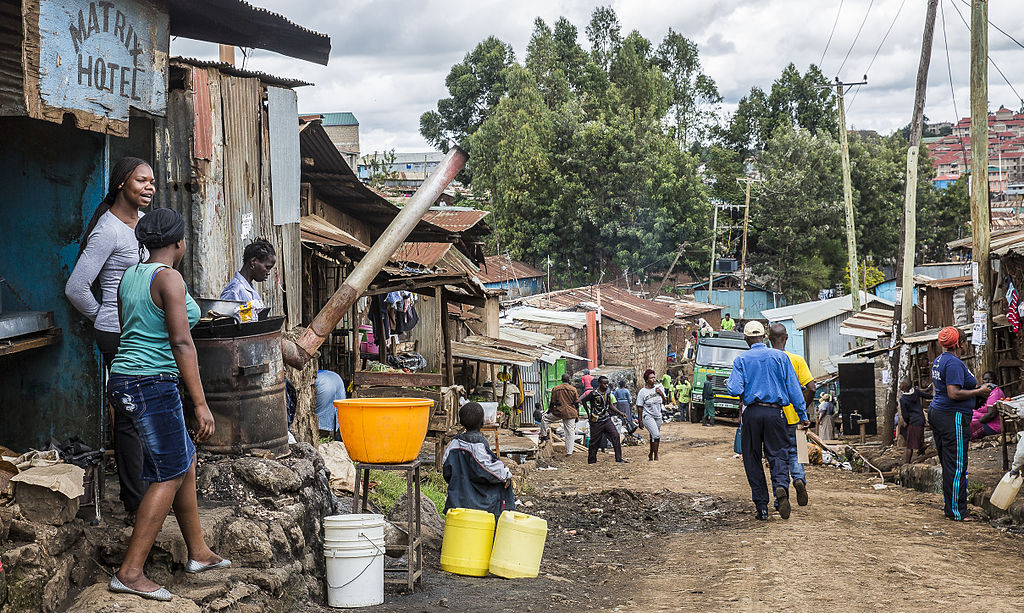 Urban Informality in Times of Crisis: the Need for More Resilience in Cities